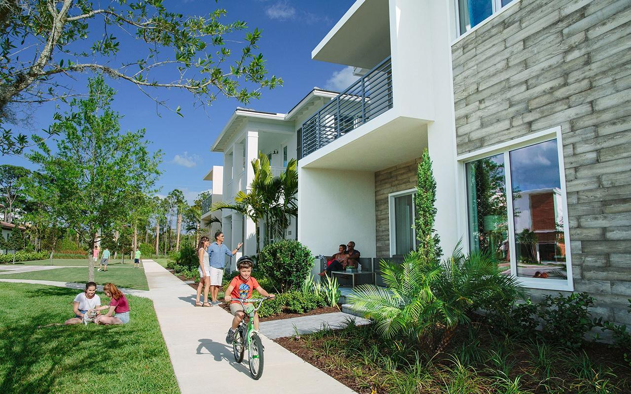 Alton Homes in Palm Beach Gardens