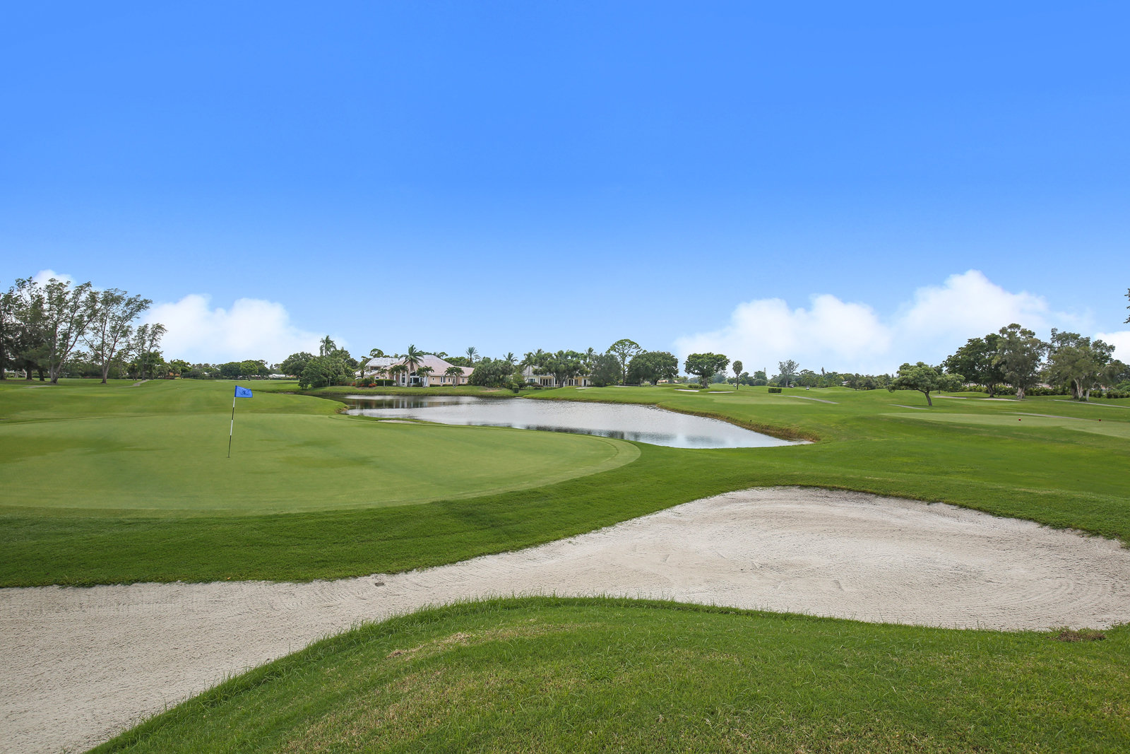 Atlantis Country Club Homes for Sale