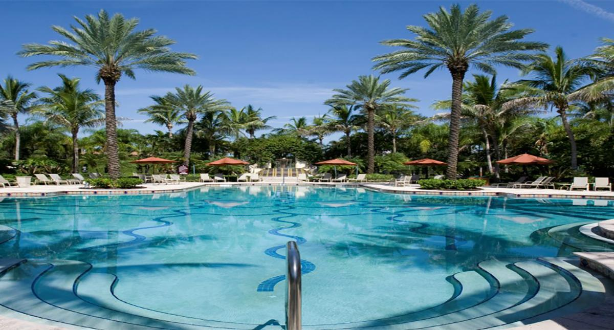The Pool Frenchmans Reserve Country Club Homes In Palm Beach Gardens