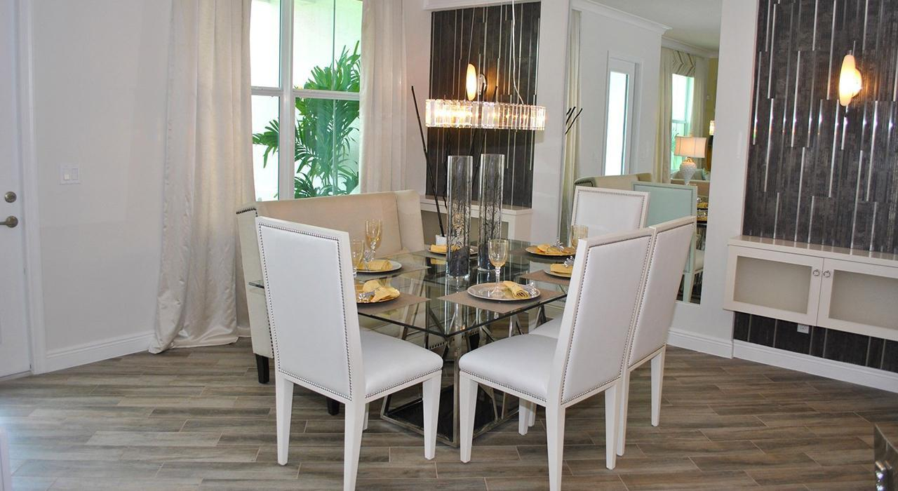 Hampton Cove Townhouses in North Palm Beach Real Estate