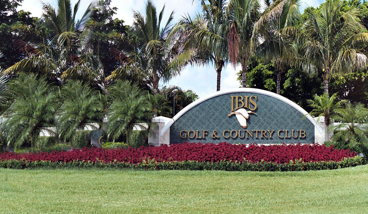 Ibis Country Club Real Estate in Palm Beach Gardens