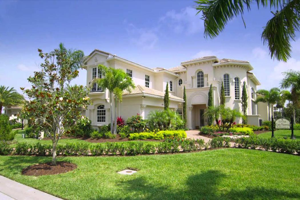 Jupiter Country Club Homes for Sale in Jupiter