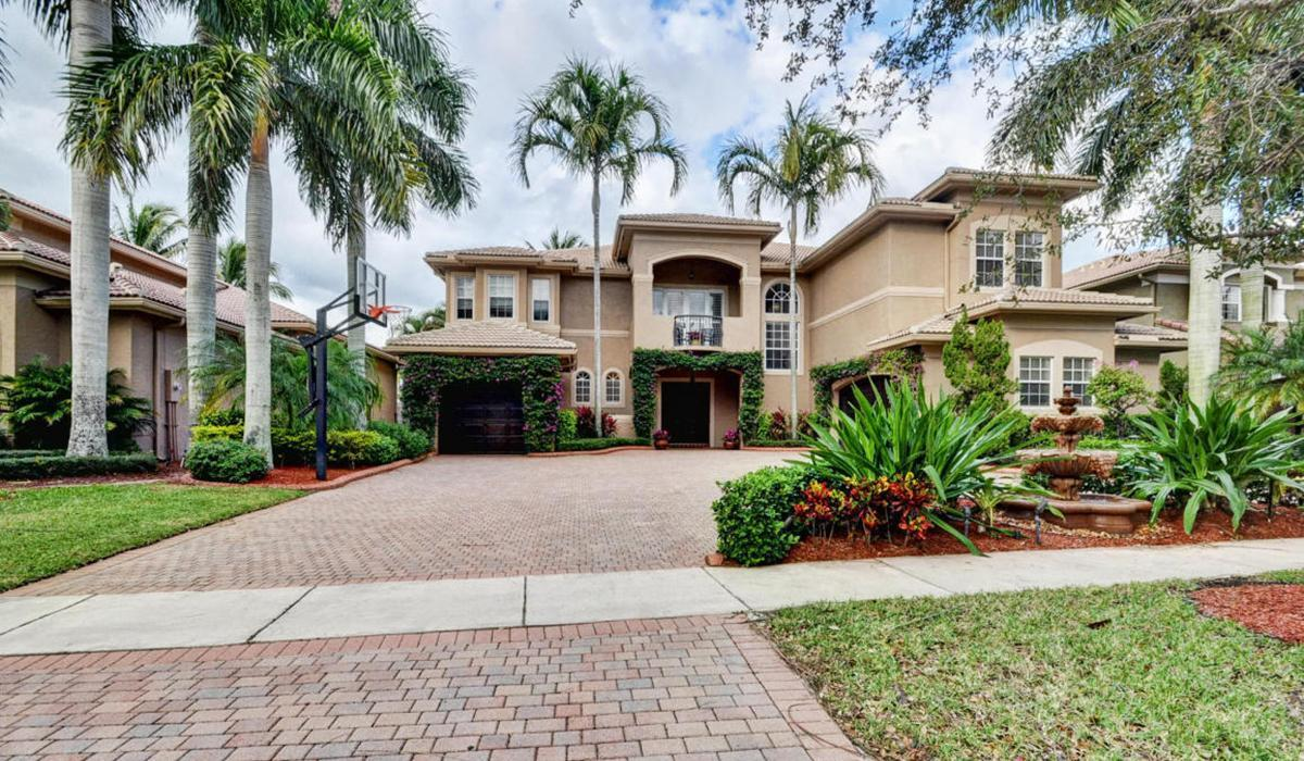 Saturnia Isles Homes in Boca Raton