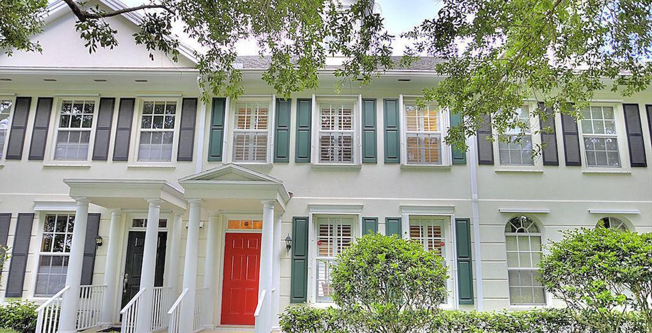 charleston court abacoa townhomes