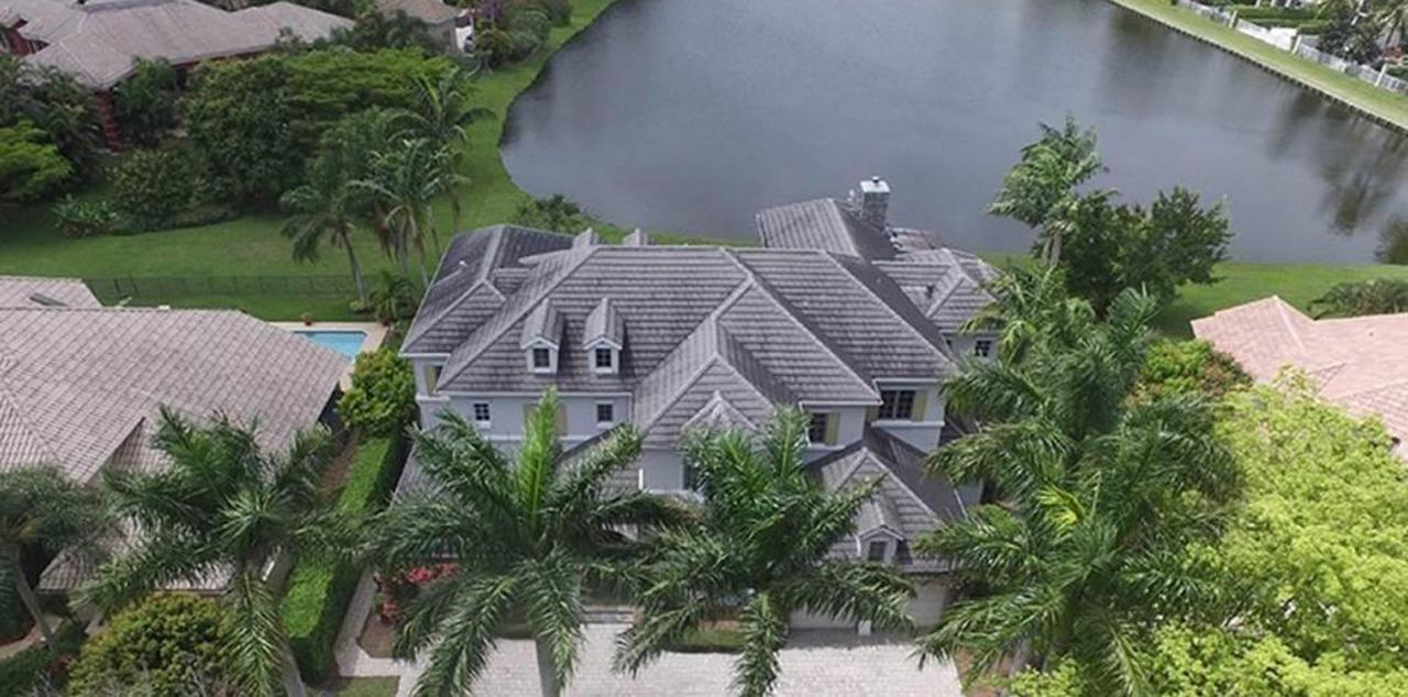 Hamptons at woodfield country club homes for sale boca for Hamptons home for sale