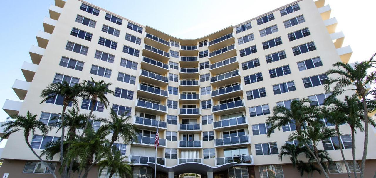 La Fontana West Palm Beach Condos
