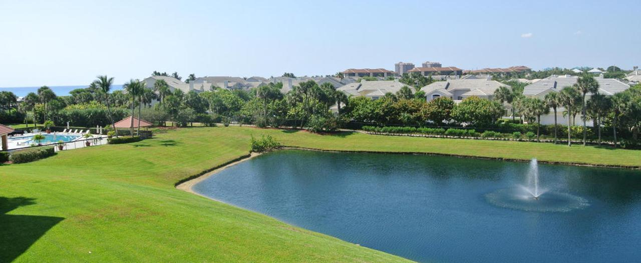 Lakes at the Bluffs Townhomes