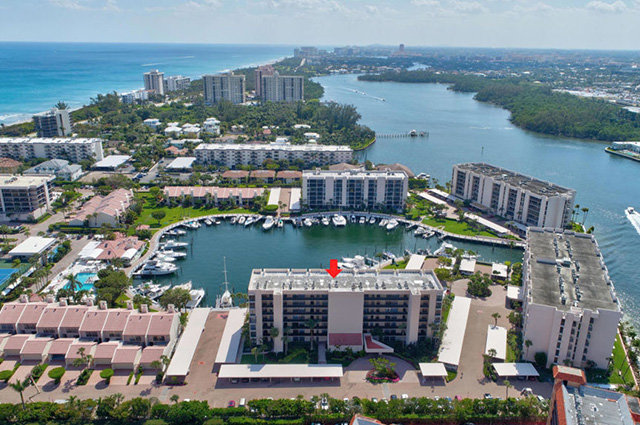Boca Yacht & Raquet Club Homes for Sale