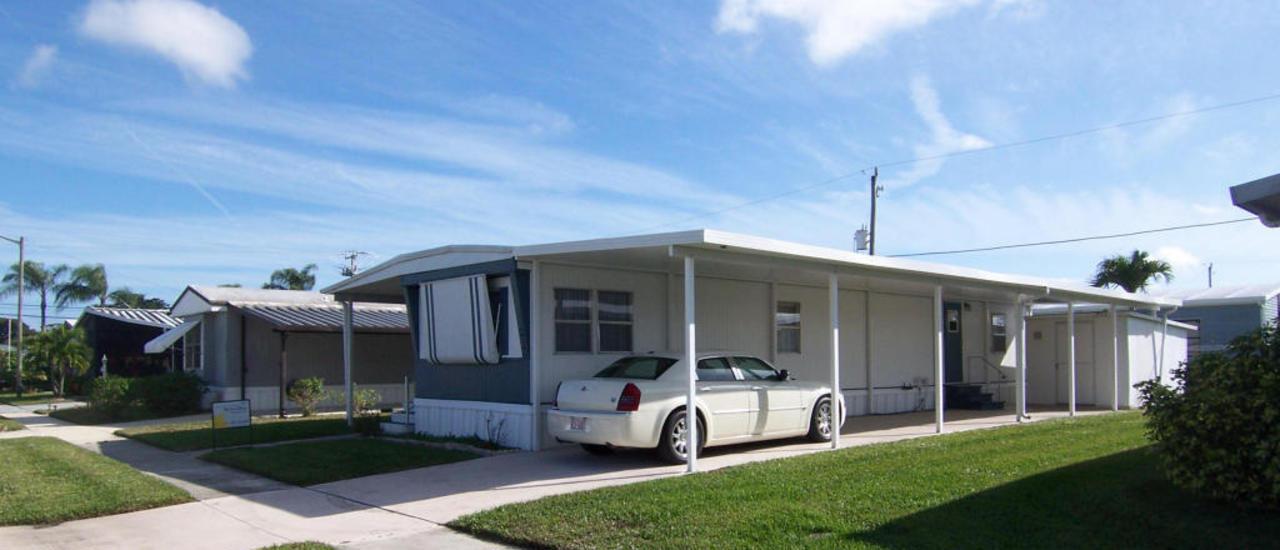Mockingbird homes for sale boynton beach real estate for Lakefront property under 100k